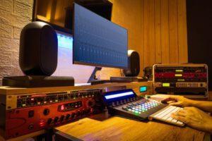 תוכנה לעריכת מוזיקה במחשב הביתי